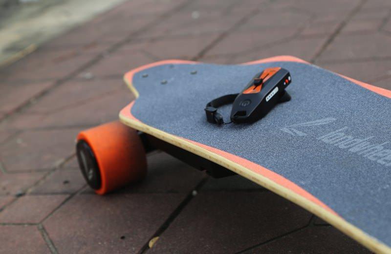 Electro-Board M457 - Electric Skateboard incl Maple Deck remote detail