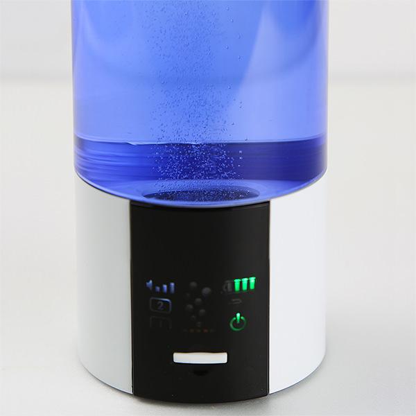Aquacentrum Blue 900 Wasserstoff-Generator mit PEM Zelle Ansicht Display 600 - Copy