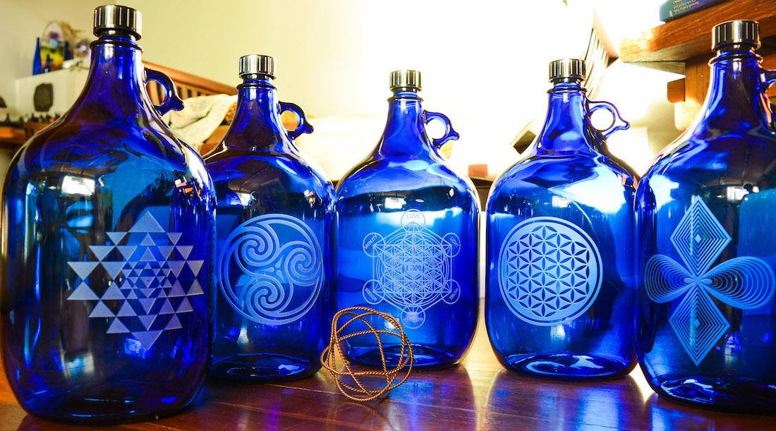 Gravierte 5 Liter Flaschen unserer USA partnerin www-bluebottlelove-com 1100