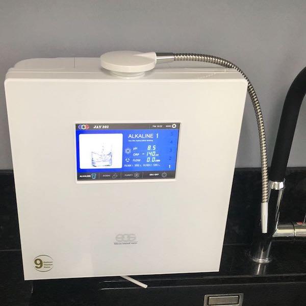 EOS Touch Wasserionisierer fest installiert Auftisch 600