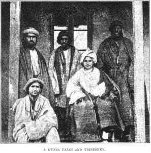 Hunza Rajah und Stammesangehoerigen