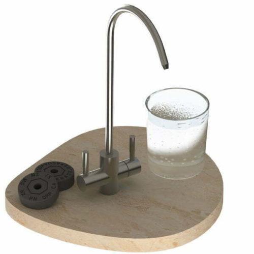 Edelstahl-Zweihebelmischer und Minerade pH2 Tabs 600